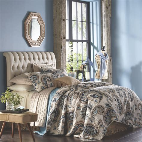 Bedroom Decorating Ideas For His And by His Hers Master Bedroom Decorating Ideas