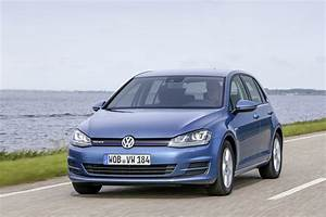Vw Golf 7 : volkswagen golf 7 39 s facelift expected to be launched this spring autoevolution ~ Medecine-chirurgie-esthetiques.com Avis de Voitures