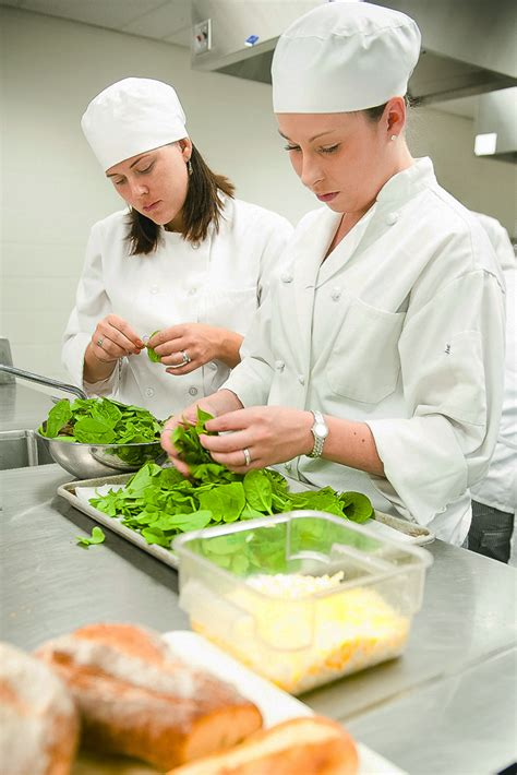 id s am agement cuisine restaurant and food service management future students