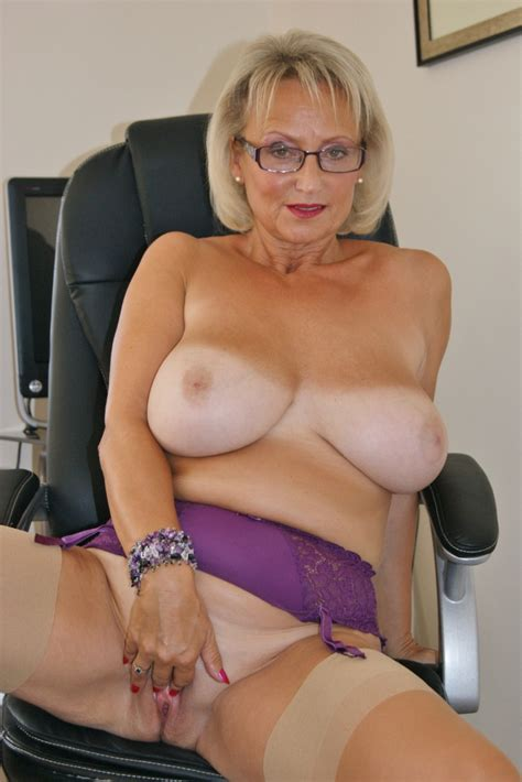 Women Busty Stockings Free Clips Best Porno