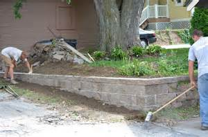 Build Retaining Wall On Slope