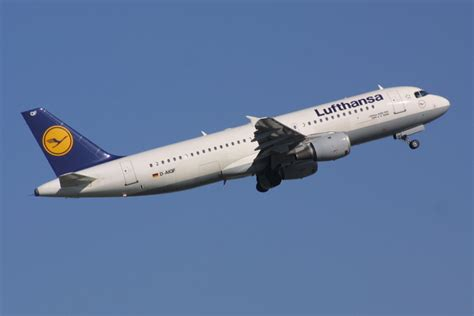 bureau lufthansa airbus a320 aviation safety 39 s