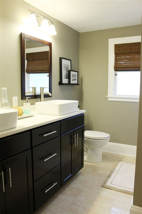 17 best ideas about small bathroom redo on pinterest