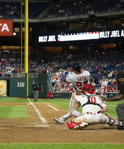 Soto's 3-run shot lifts Nationals over Phillies