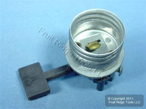 Sun Lite L Holder by Leviton Turn Key Knob Light Socket L Holder 250w