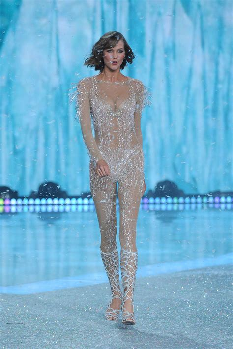 Karlie Kloss - Karlie Kloss Photos - The Victoria's Secret ...