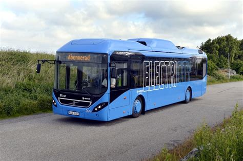 volvo  electric hybrid coming cuts fuel consumption