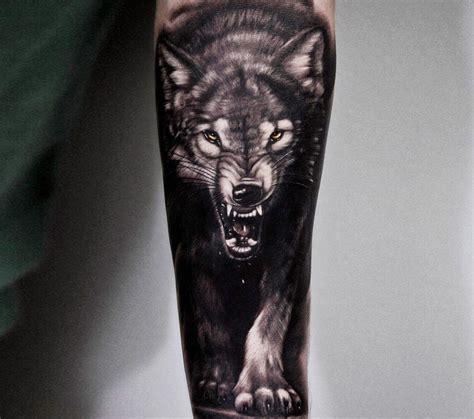 Symbole Loup Tatouage
