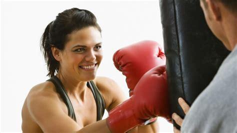 Training Zu Hause  Wie Und Wo Der Boxsack Befestigt