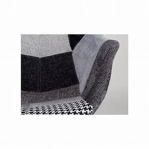 Chaise Capitonnée Grise : chaises lounge twelve patchwork capitonn es grises et noires ou multicolores zuiver ~ Teatrodelosmanantiales.com Idées de Décoration
