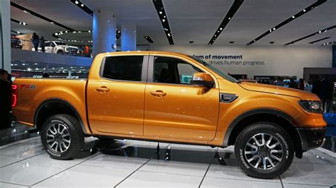ford ranger ford returns  midsize pickup truck
