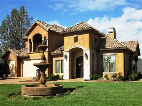 Modern Home Design Ideas Exterior by House Interior Designs Pictures Tuscan Style Home