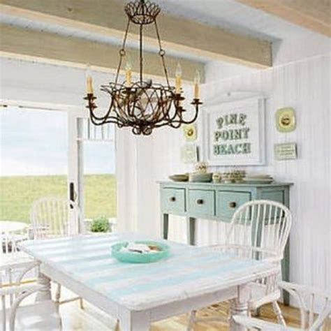 Shabby Chic Dining Room Lighting by Dining Room Decoration In The Comfortable Cottage Style