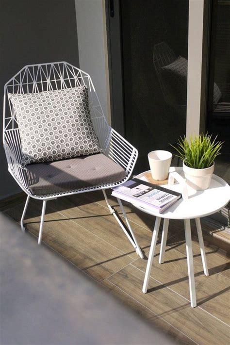 cozy  comfy balcony reading nook ideas shelterness