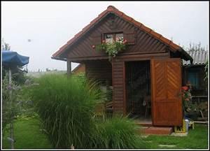 Gartenhaus Streichen Lasur : gartenhaus wei streichen zaun schwedisch blau gartenhaus ~ Michelbontemps.com Haus und Dekorationen