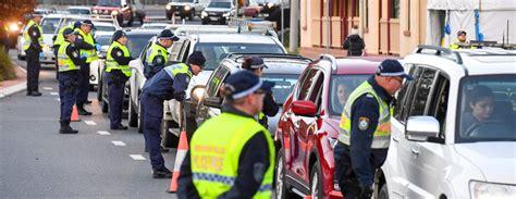 Austrālija ierobežos savu pilsoņu atgriešanos Covid-19 uzliesmojuma dēļ / Diena