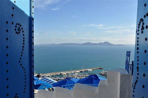 la porte du paradis boukornine sidi bousaid tunisie