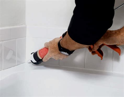 re caulk moldy bathtub re caulking a shower or a bathtub how to build a house
