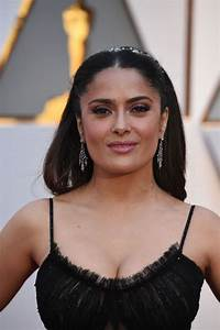 Salma Hayek – Oscars 2017 Red Carpet in Hollywood