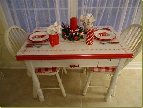 redwhite enamelware table  accessories soooooo