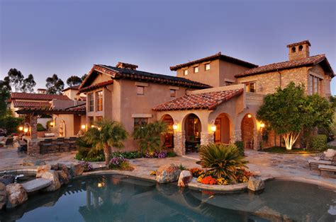 Mediterranean Tuscan Style Homehouse Back View