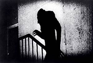 'Nosferatu' Director F.W. Murnau's Head Stolen From German ...