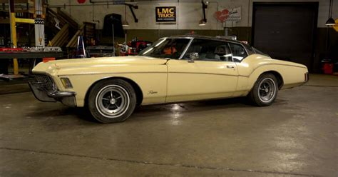 Big Buick by Stacey David S Big Bad Buick 1972 Buick Riviera