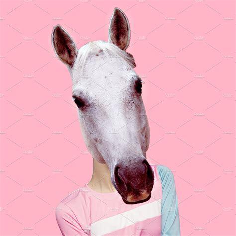 horse hybrid minimal