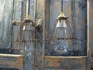 Lampe à Suspendre : lampe baladeuse en suspension cable textile noir 2 fils www lampes ~ Teatrodelosmanantiales.com Idées de Décoration