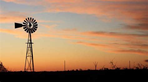 Windmill Pumping Capacities - Aermotor Windmills ...