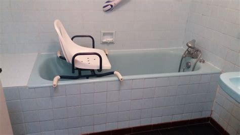 siege de baignoire pour personne ag馥 siege baignoire personnes agees 28 images pour personne ag 233 e easy shower bain vital rapha 235 l prima vital l 201 pole autonomie sant