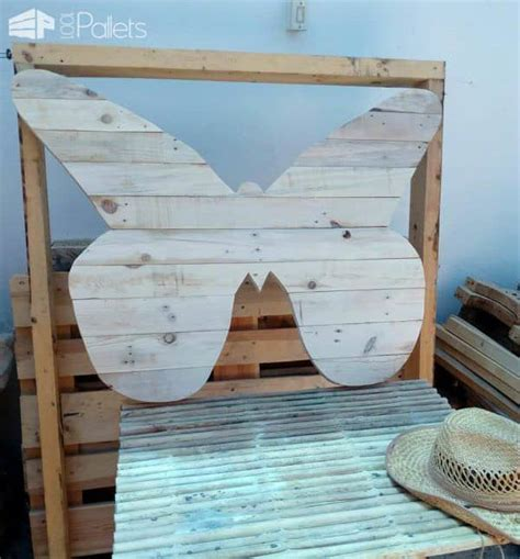 cheerful pallet butterfly planter wall art  pallets