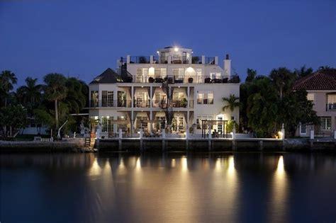 sensational tropical mansion  florida