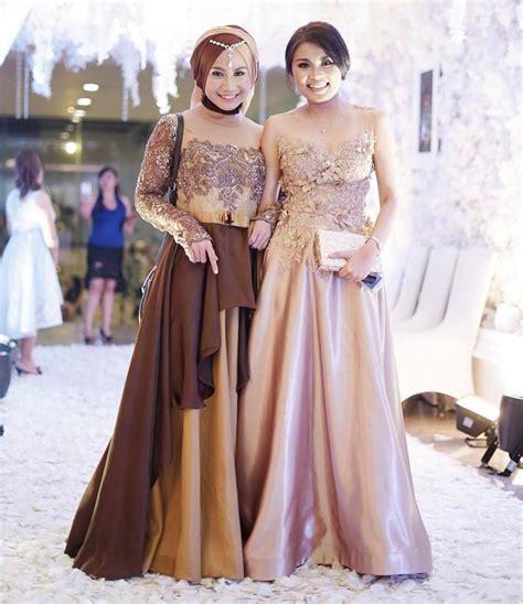 Wanita Dewasa Adalah 18 Inspirasi Model Gaun Pesta Muslim Modern 2018 Terpopuler