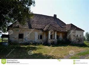 Maison à La Campagne : vieille maison abandonn e la campagne image stock image du ext rieur home 64783063 ~ Melissatoandfro.com Idées de Décoration