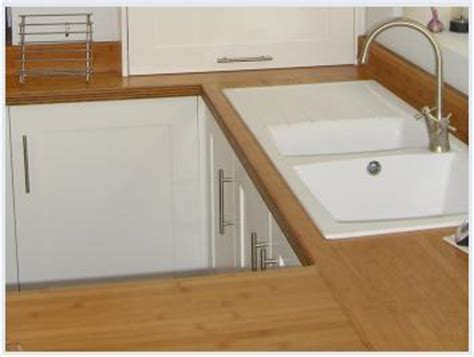 kitchen worktops: granite, solid wood, solid surface