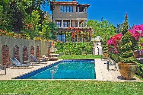 Los Angeles Villa Kaufen by Mischa Barton Lists 7 5m Los Angeles Villa Daily Mail