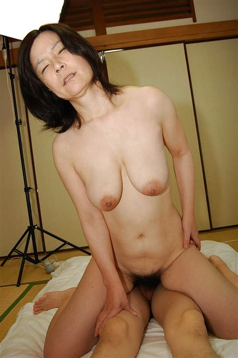 Slutty Mature Asian Lady Gives A Blowjob And Gets Her