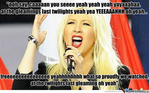 Christina Aguilera Meme - twitter reacts to aretha frankin singing a 5 minute version of the national anthem breaking