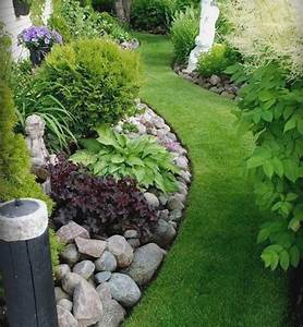 Small space rock garden ideas for Rock garden ideas for small gardens