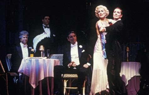 Victor/Victoria | Shows | Broadway | Tams-WitmarkTams Witmark