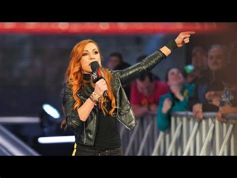 becky lynch  sign huge  wwe contract  youtube