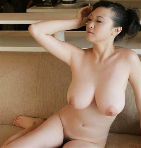 Tante Sexy Telanjang Asik Tetek Gede Hot Mom बड़े स्तन माँ