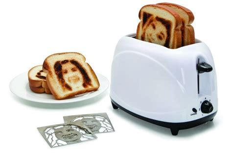 New and Unique Toasters   Gluten Free Toaster and Selfie