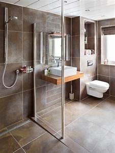 7 great ideas for handicap bathroom design bathroom for Disabled bathroom designs