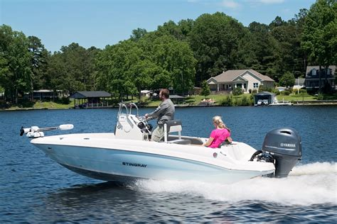2017 Stingray Boats For Sale by 2017 Stingray Boats 186cc 19 Foot 2017 Stingray Motor