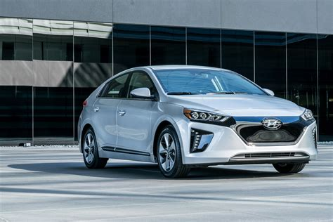 Best Ev Cars by Best Deals On Hybrid In And Electric Cars For