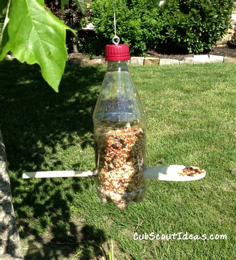 cub scouts bird feeders for kids to make soda bottles