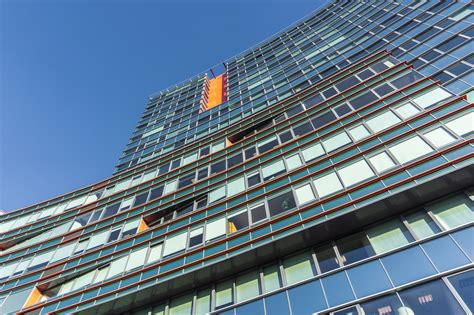 Administratīvā ēka