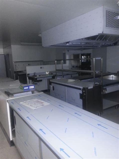cuisine mobile professionnelle darmac zone de préparation en cuisine professionnelle